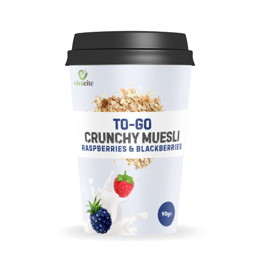 To-Go Crunchy Muesli with Raspberries and Blackberries